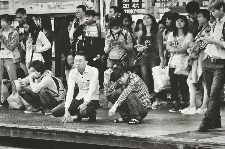 B&w Street Photography Train Station Rush Hour People People Watching Peoplephotography Light And Shadow Streetphotography Streetphoto_bw Monochrome Blackandwhite Eye4photography  Snap A Stranger Travel Photography 蔦裊裊 Monochrome Photography People And Places On The Way Feel The Journey My Favorite Photo 2015.11.29 at 臺中火車站 Taichung, Taiwan