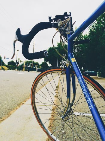 Let's ride 🚴🏻🚴🏻. Cycling Bike Bike Ride Bikeride Sweetride IPhoneography Iphoneonly IPhone5 Photo