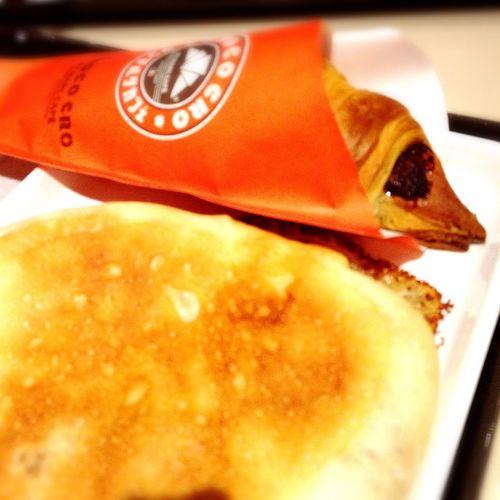 【サンマルクカフェ】でランチ☕️🍫🍞『照り焼きバーグのパニーニのチョコクロセット』を食べました😋💓 サンマルクカフェ チョコクロ パニーニ ランチ