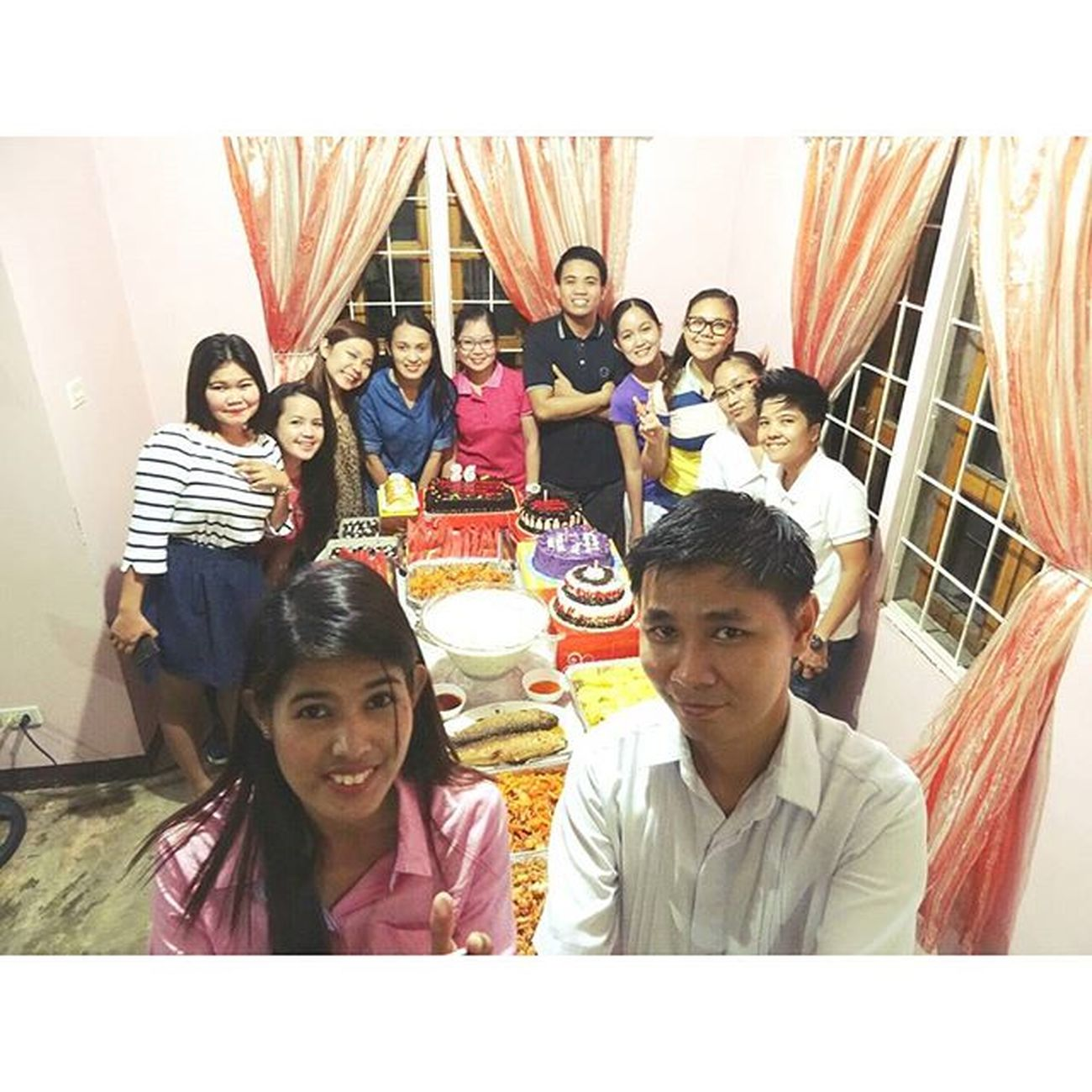 Candles and Cakes, Family and Friends, Food and Drinks, Sing and Cheers. Let's celebrate 😁 👍 👌🎂🍻🍴🎁🎉🎆Junicylicious 26th Birthdaybash Birthdaycake Candlesandcake Blowandmakeawish BirthdayWishes SundetikosTumbalats Junicyscrib 01222016 Gastronomía Happytummies PlainHappiness Foodporn Sonyverse Sony XPERIA ICAN DemandGreat BeMoved Makebelieve