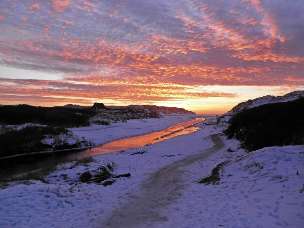 sunset at the ocean Romantic Silvester Sylvester Beauty In Nature Cloud - Sky Cold Temperature Henne Strand Hennestrand Landscape Nature No People Northsea Orange Color Outdoors River Romantic Sky Scenics Sky Snow Sunset Tranquil Scene Tranquility Water Winter