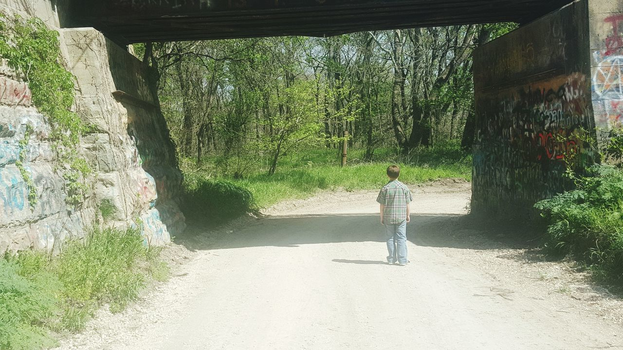 Children Photography Check This Out Taking Photos Hanging Out Old Dirt Road Train Trussle Enjoying Life Under The Bridge Structure And Nature Things Above Things I See While Walking Aprilphotochallenge Best Of EyeEm Child PhotographyEyeEm Gallery Artistic Eye Check This Out! Getty&eyeem Getty Springtime Backroads Graffiti Myson Childhood Under The Tracks