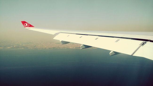 Flight mode. | with Turkish Airlines Istanbul Turkey Stamboll Turkishfollowers Turkishairlines Turkia Turkije Flight ✈ Flight Mode Enjoying Life Sky Skyporn Hello World Found On The Roll