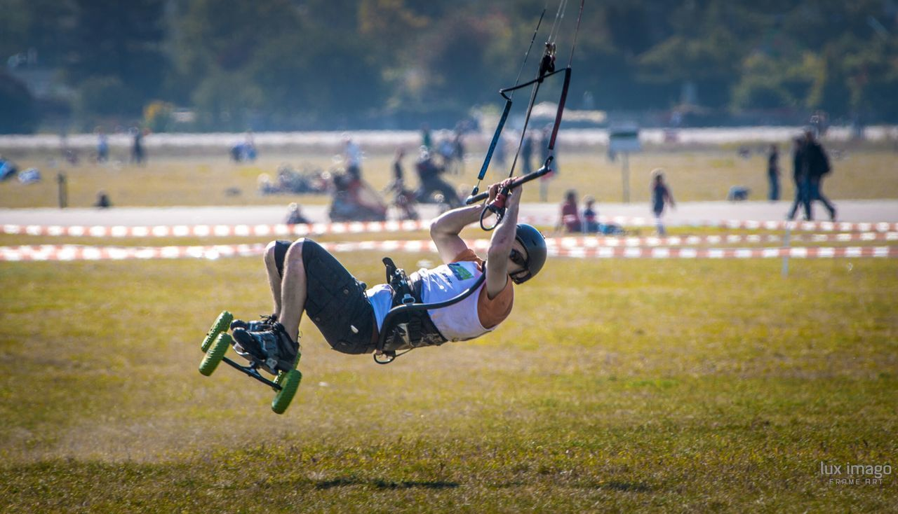 Eye4photography  Kite Surfing Malephotographerofthemonth Taking Photos Berlin Tempelhofer Feld