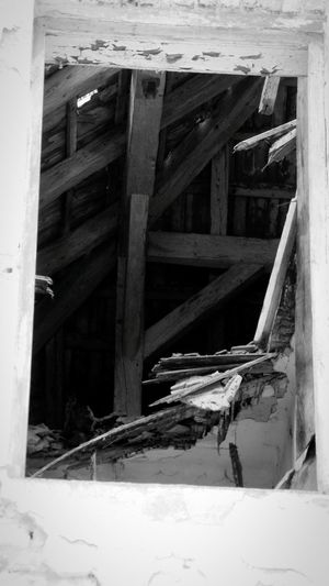 Built Structure Architecture Forest Decaying Building Decaying Structure Abandoned Buildings Abandoned Places Abandoned House Explore Abandoned Places ExploreEverything Winter Isolated Ruined Building Cold Temperature Ruin Woods Building Exterior Abandoned Obsolete Window Bad Condition Roof Damage Decaying. Decaying Wood. Things Of Old. Blackandwhite Monochrome