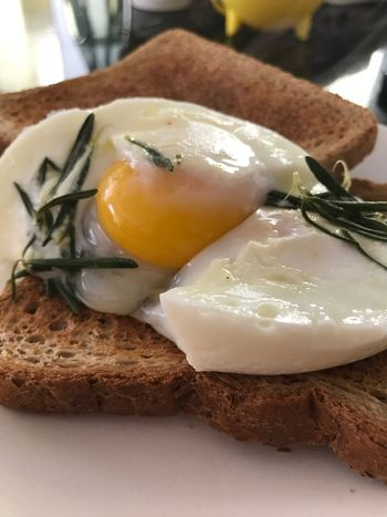 Rosemary Poached Eggs Food And Drink Breakfast Eggs...