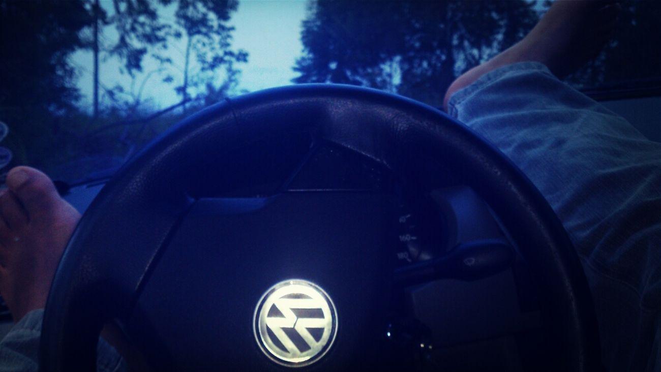 eeeee folga... a esqueci eu posso o carro é meu mesmo...ta mo calor... uuu