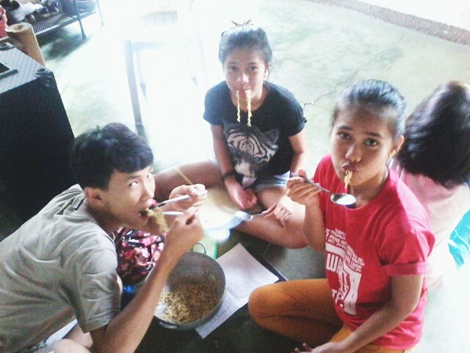 Eatingpancitcanton Withmybuddies Happy People Happy Time