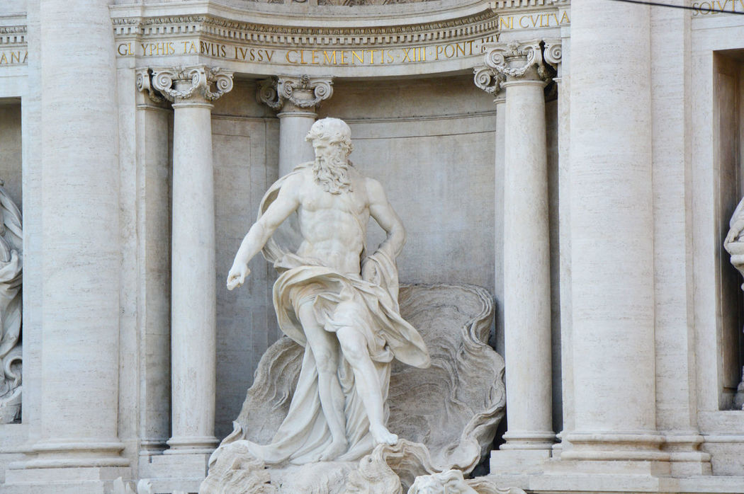 Amazing Trevi Amazing Trevi Fountain Architecture Barocco Baroche Day Detail Trevi Europe Europe Trip Fontana Di Trevi Fontana Di Trevi Rome Italia Italian Italianeography Italy Italy❤️ Italy🇮🇹 Neoclassical Architecture No People Outdoors Rome Trevi Statue Trevi Fountain TreviFountain White Statue