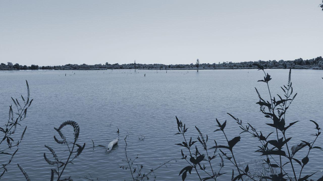 Lake Red River