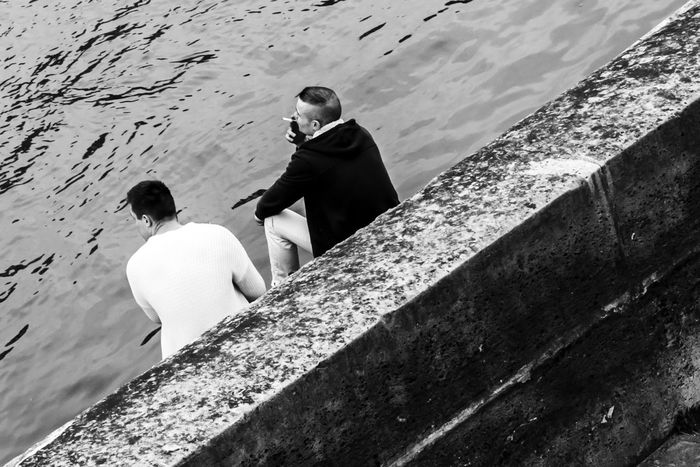 Friends on the bank of Seine River Blackandwhite Candid Photography Friends Full Length Henri Cartier Bresson Seine Streetphotography Streetphotographyparis