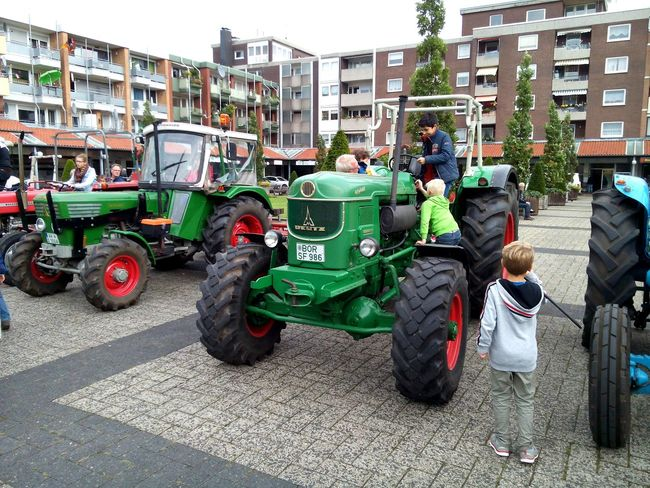 Old tractor at the Gronau city festival Gronauwestfalen Tractor Deutz Tractor City Festival In Gronau (Germany/NRW) Green Tractor