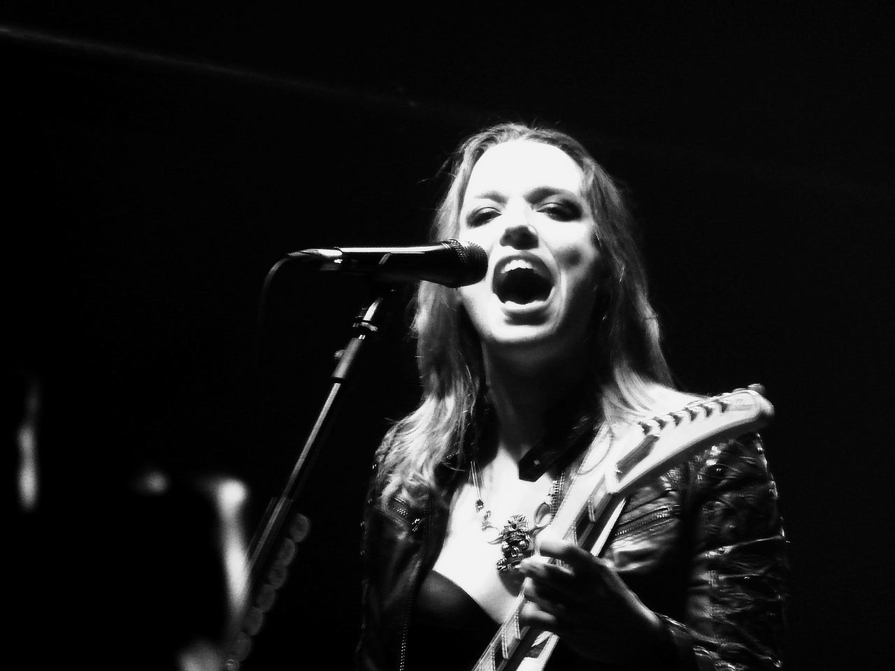 Lzzy Hale of Halestorm in concert in MilanBianco E Nero Black And White Cantante Concert Concert Photography Concerto Donna Event Evento Halestorm Lzzy Hale Rock Band Singer  Women Women Around The World EyeEm Diversity The Photojournalist - 2017 EyeEm Awards The Portraitist - 2017 EyeEm Awards