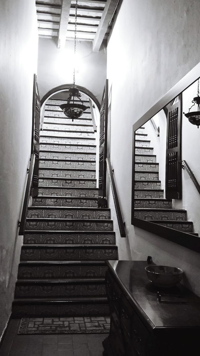 Perspective Monochrome Photography Open Edit Popular Photos Simple Elegance Architectural Detail Entry Hall Mirror Reflection Stairway Minimalism