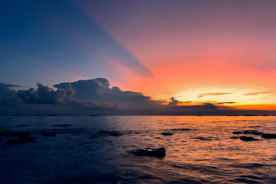 shot during family vacation at Tioman Island, Malaysia Beach Horizon Over Water Island No People Sky Texture Textured  Tioman Water