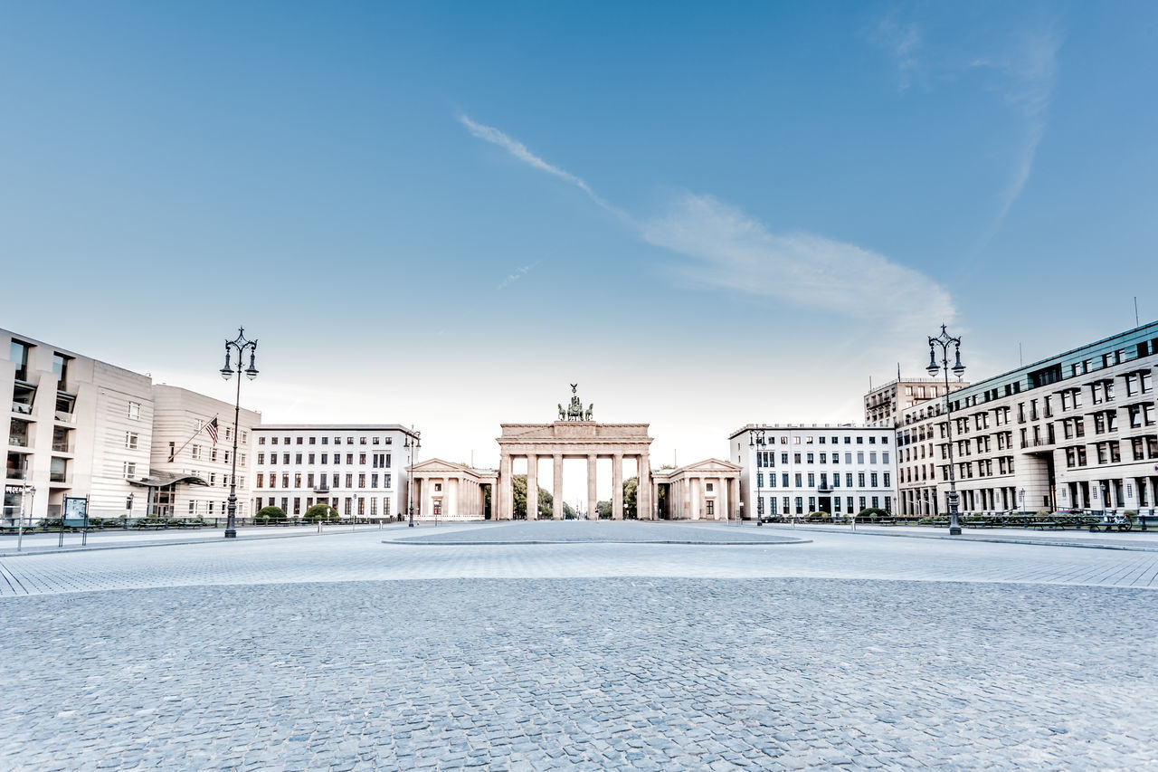 Beautiful stock photos of blau, Architectural Column, Architecture, Berlin, Brandenburg Gate