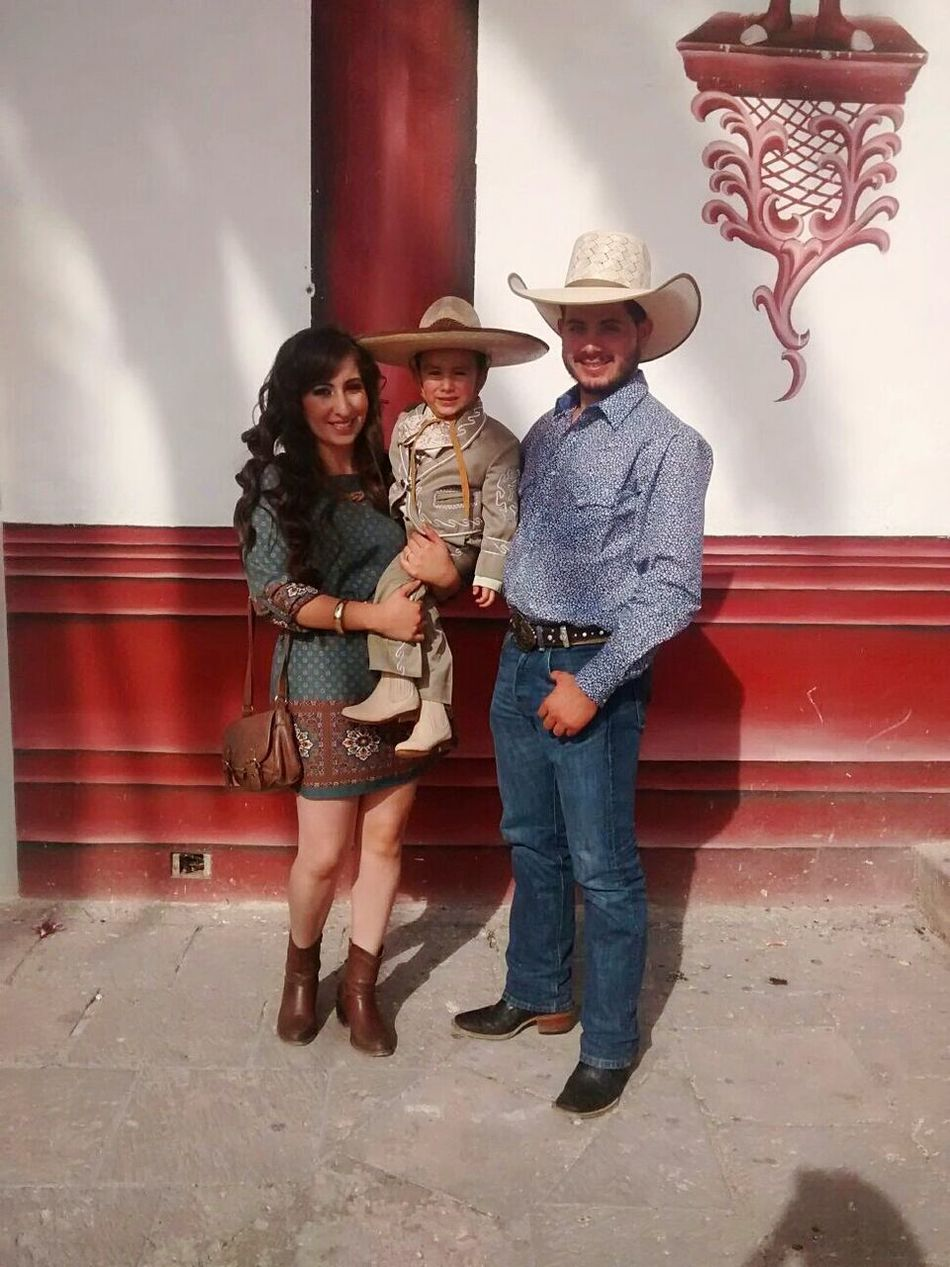 Two People Full Length Togetherness Cowboy Hat Standing Young Adult Adults Only People Adult Young Women Motion Indoors  Smiling Men Only Men Day