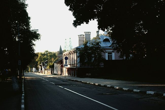 Architecture Road City Street Tree Built Structure Clear Sky Polotsk Belarus Awesome Nature Architecture Tree Built Structure Building Exterior Road Clear Sky Street City The Way Forward Outdoors Day Leading Empty Road No People