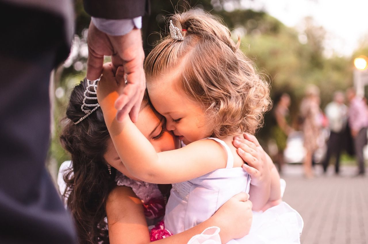 Ahh!! The love!! Emotions Childrens Photooftheday Love