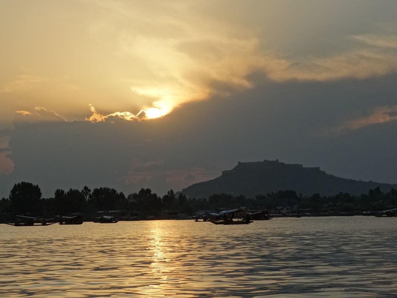 Beautiful View Kashmir Dal Lake India The Great Outdoors - 2017 EyeEm Awards