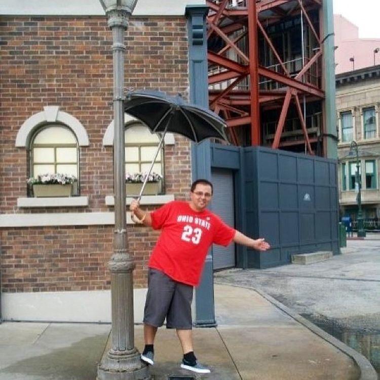 TBT  Disney Hollywood Studios singing in the rain 2009 GO Buckeyes