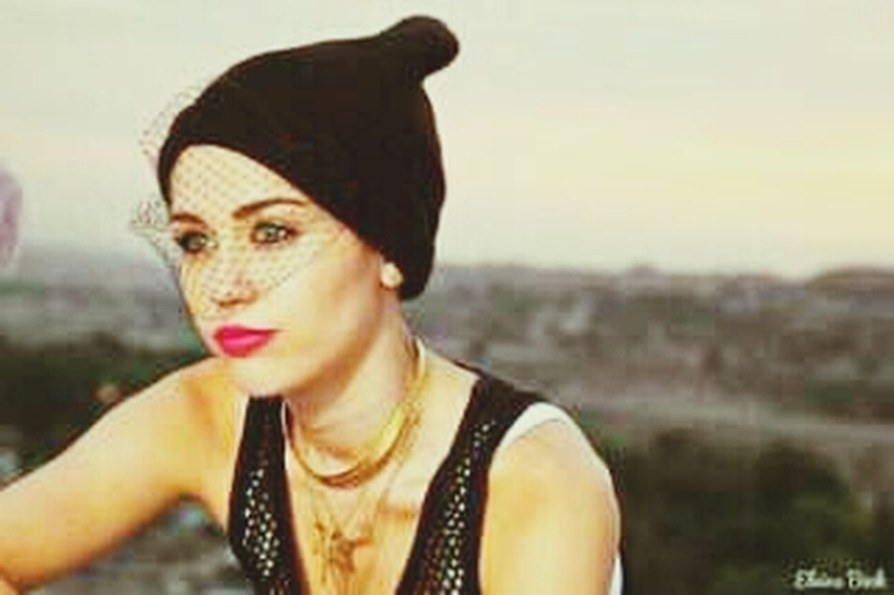Miley WeCan'tStop  ♡