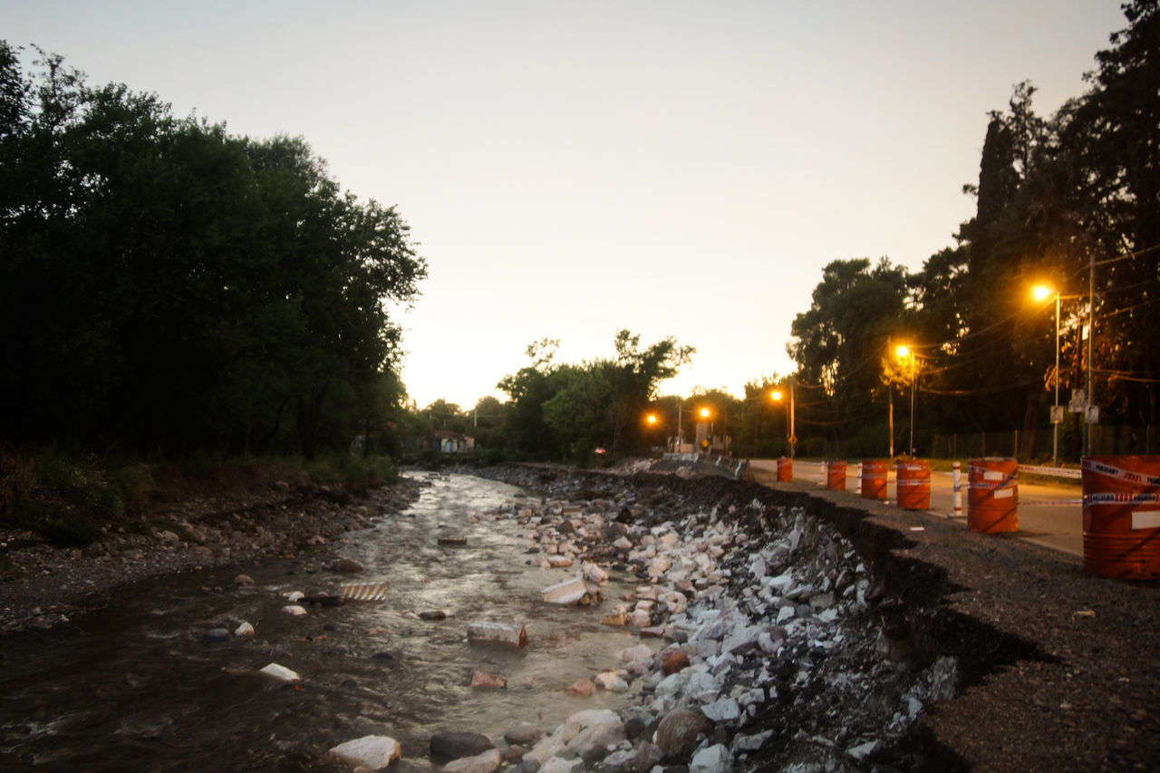 In middle of the night there was panic in the area where nearly a year ago seven people were killed by the rains; there evacuated 2016 Argentina Color Image Colorful Coulds And Sky Córdoba Event Flooding Hail  Horizontal News Night Panic Photography Rains Rainstorm River River View Selfie Street Sunset