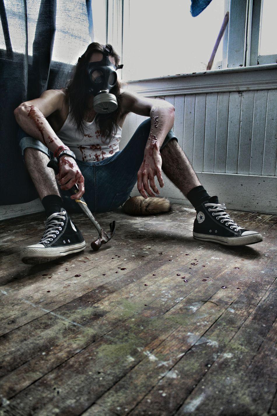 Keep attention ! Maskgaz Mask Horror Photography Horror Portrait Dark Portrait BLOODY Darkscene Horror And Macabre Macabre Art Horrorart Darkside EyeEmPaid