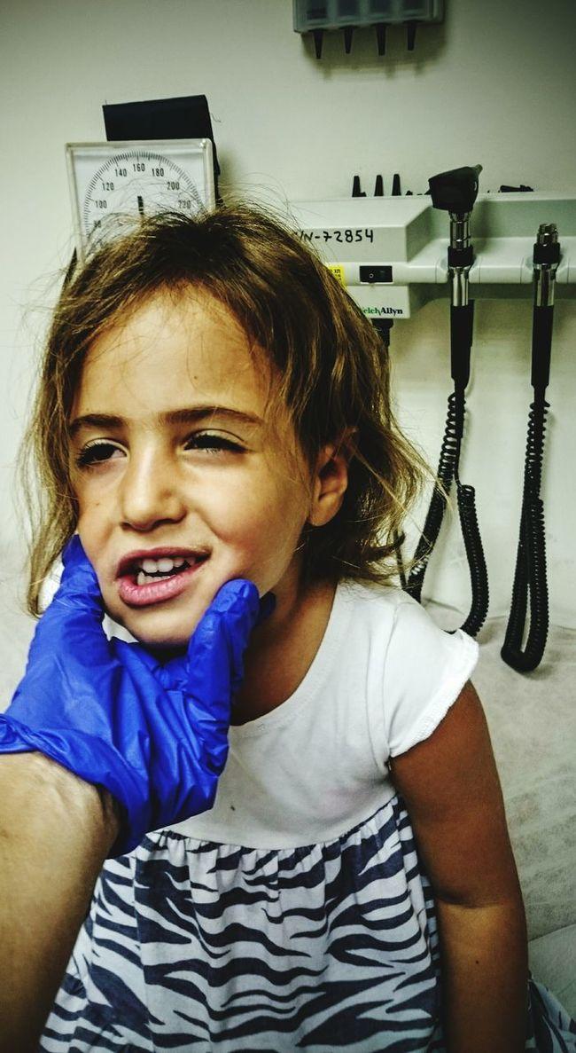 Children Photography Doctor  Girl Seak