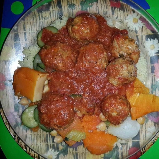 Couscus and Meatballs Happy Lunchtime 4 me! ;)