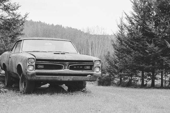 """""""Lost Metal Souls"""" part4 Lost Metal Souls Eye4photography  EyeEm Best Shots - Black + White Ladyphotographerofthemonth Getting Inspired Monochrome Vintage Cars Bnw_junkie Old Car Junkie Black And White"""