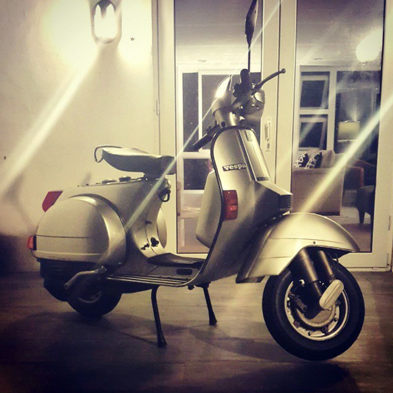 Vespa PX150E Vespa Classic Classic Beauty Classic Elegance 1997 Timeless Beauty Why We Ride Trusted Steed