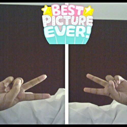 Keadaan baru bgn tidur, peace upon my head! Cause this is best picture and style ever! Good Morning everyone!
