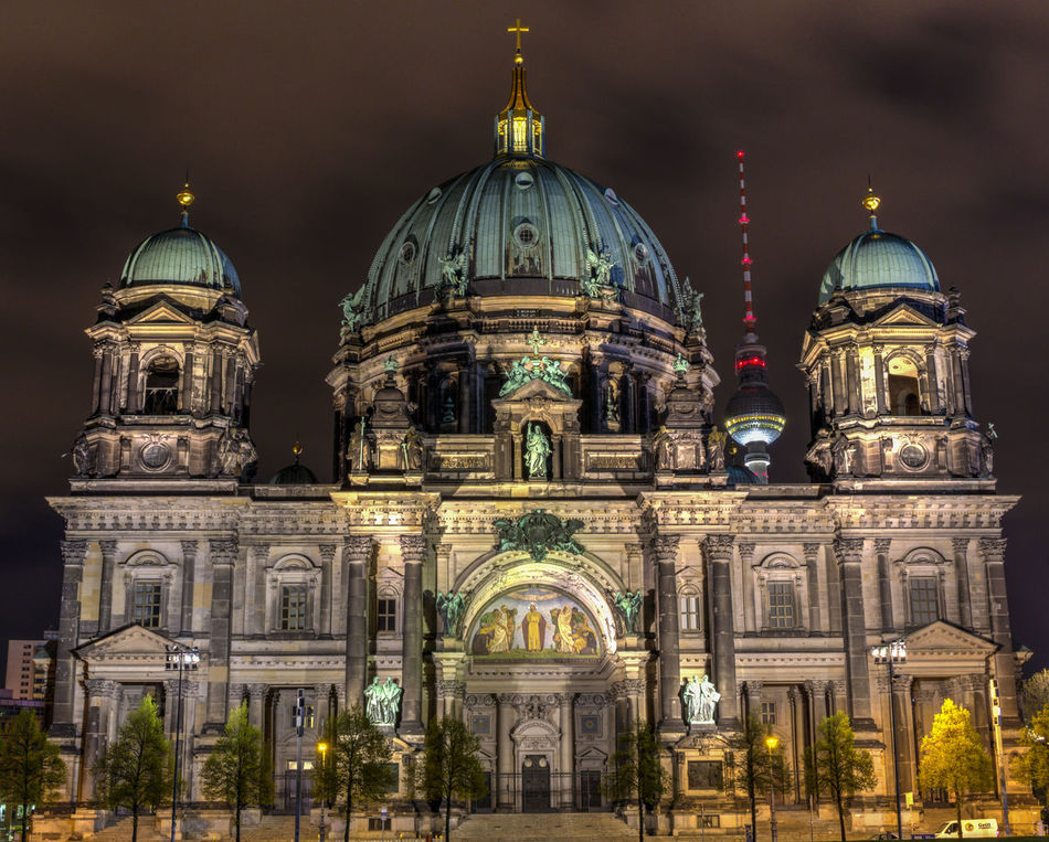 Architecture Berlin Berlin Photography Built Structure Dome Illuminated Night No People Outdoors TV Tower