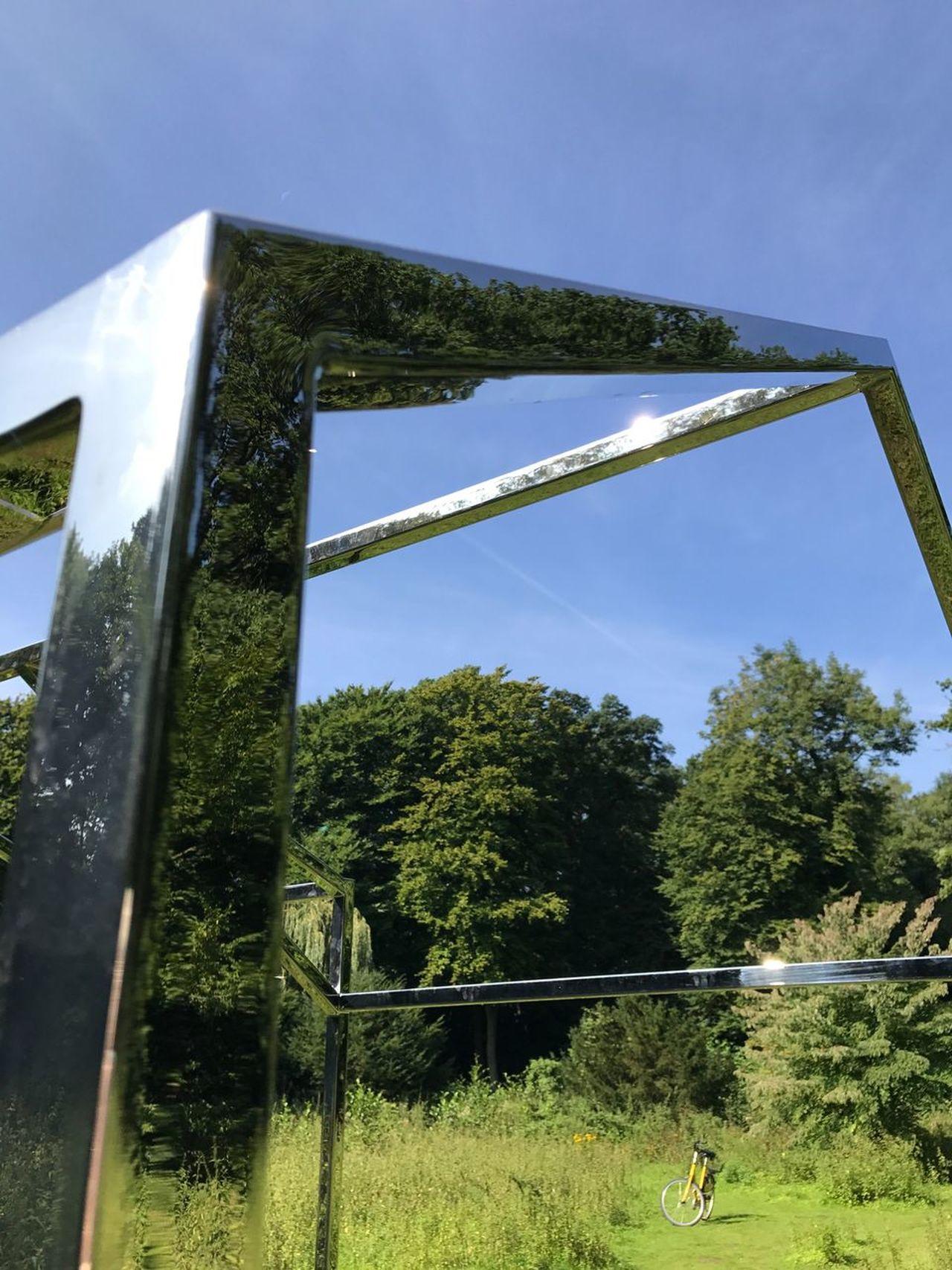 Hreinn Friðfinnsson Skulpturen Projekte 17 Tree Grass Day Outdoors One Person Real People Nature Growth Sky Animal Themes People