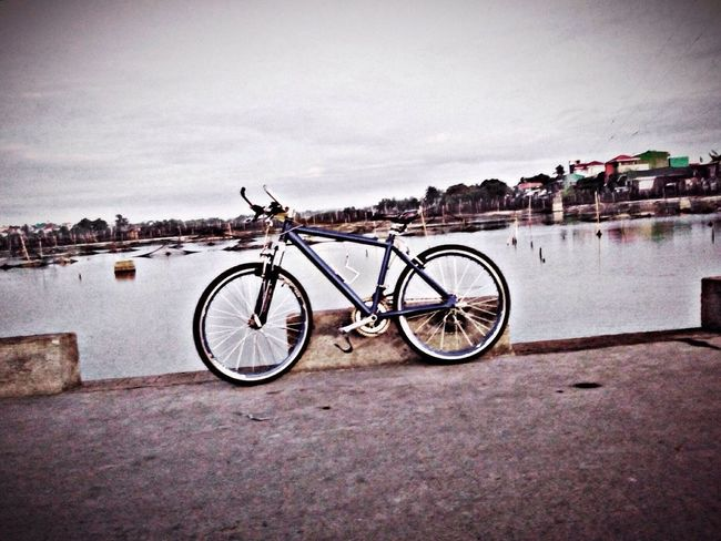 Bike Check This Out Great Outdoors Sport Iosphotography Iosphoto Retro Styled Retroshot Seaside Seasideview Phoneography PhonePhotography Philippines