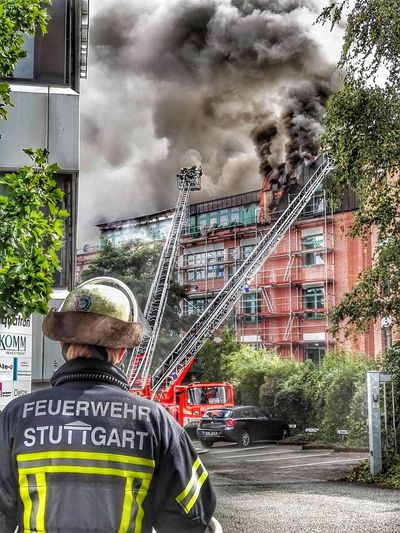 Fire Feuer Burn Burning Burning House Brennendes Haus Brand Feuerwehr Firefighter Feuerwehrmann Stuttgart 0711 Null7elf The Street Photographer - 2017 EyeEm Awards