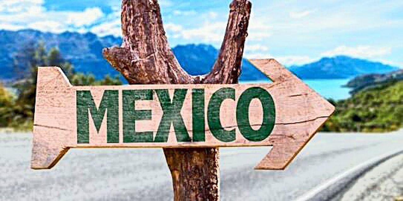 Vengo de la tierra del Quetzal! 🍃 Nature Day Sky Mexico City One Love❤ Humilde