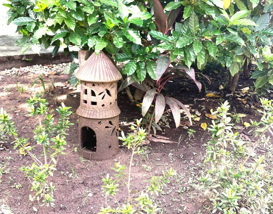 A whimsical garden piece Garden Statue Decoration Outdoor Firefly Candle Holder Leaves Plants
