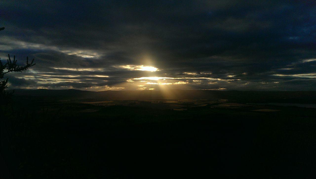 Auld man o benerty Scotlandpassion Scotlandsunset Naturephotography HillTopView Amazing Place Summersky Summer Sky And Clouds Summerevening