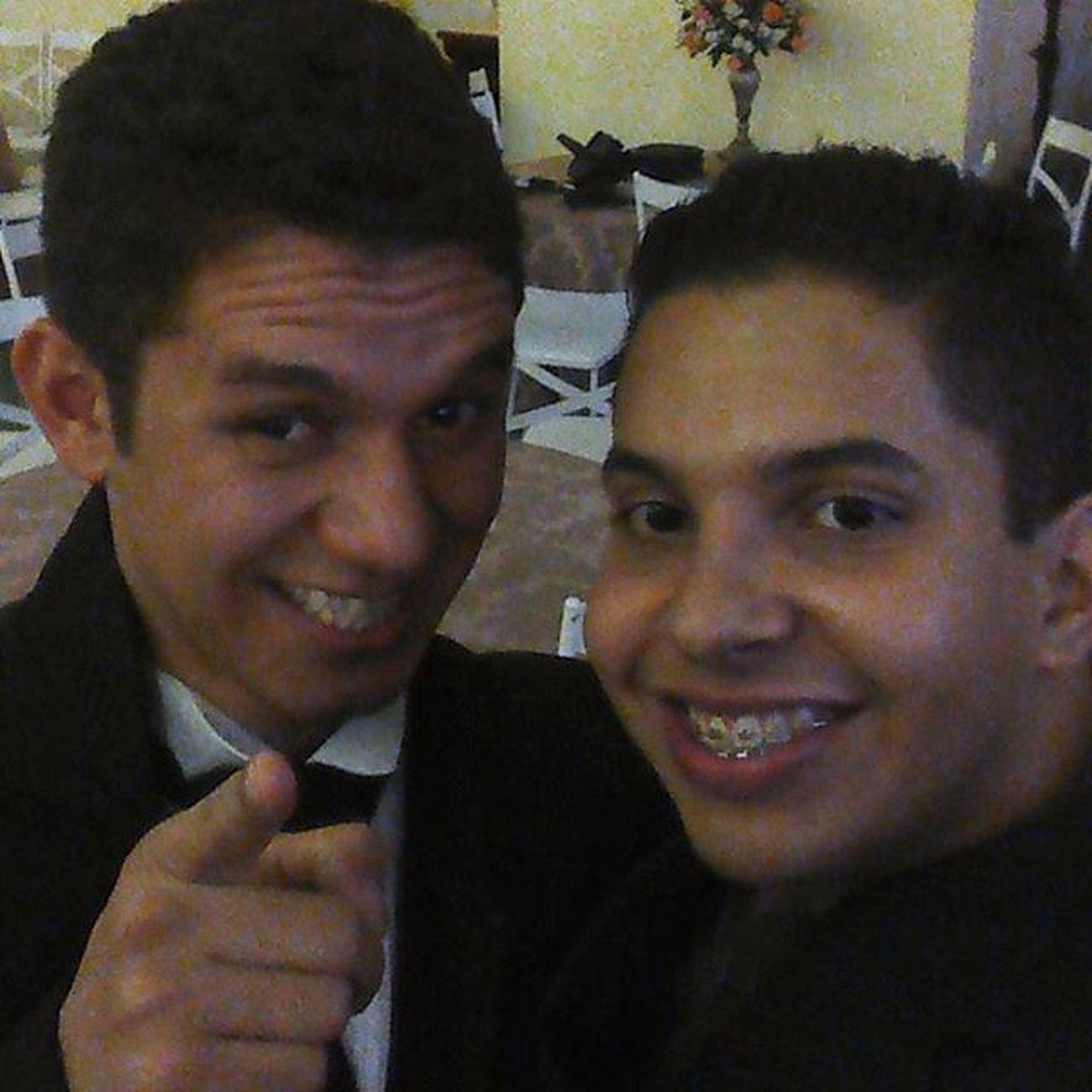 A protocolar selfie com o Noivo! CasamentoAnaEWendellEuFui MeuBrotherCasou GameOverBro CasamentoTopDasGaláxias FelicidadesIrmão TodaSorteDeBençãosPraVocêMano