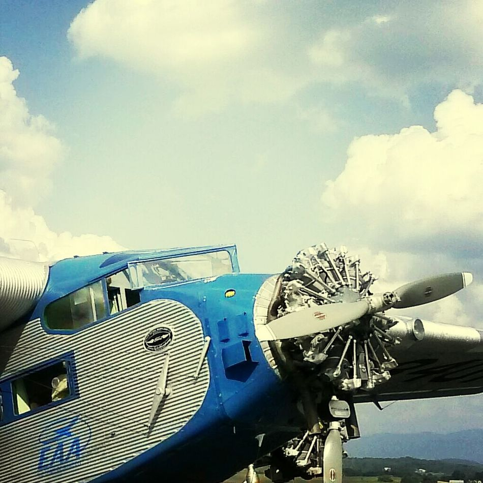 Tri Motor Air Plane