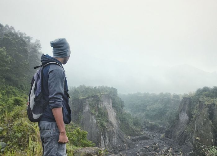 Rear View Adult Fog One Person Mountain People Hiking Day Adventure Outdoors Full Length Nature Only Men Beauty In Nature Wanderer Wanderlust Bacpacker Landscape Misty Morning Misty Mountains  Mountain Track Freshness Mount Mist