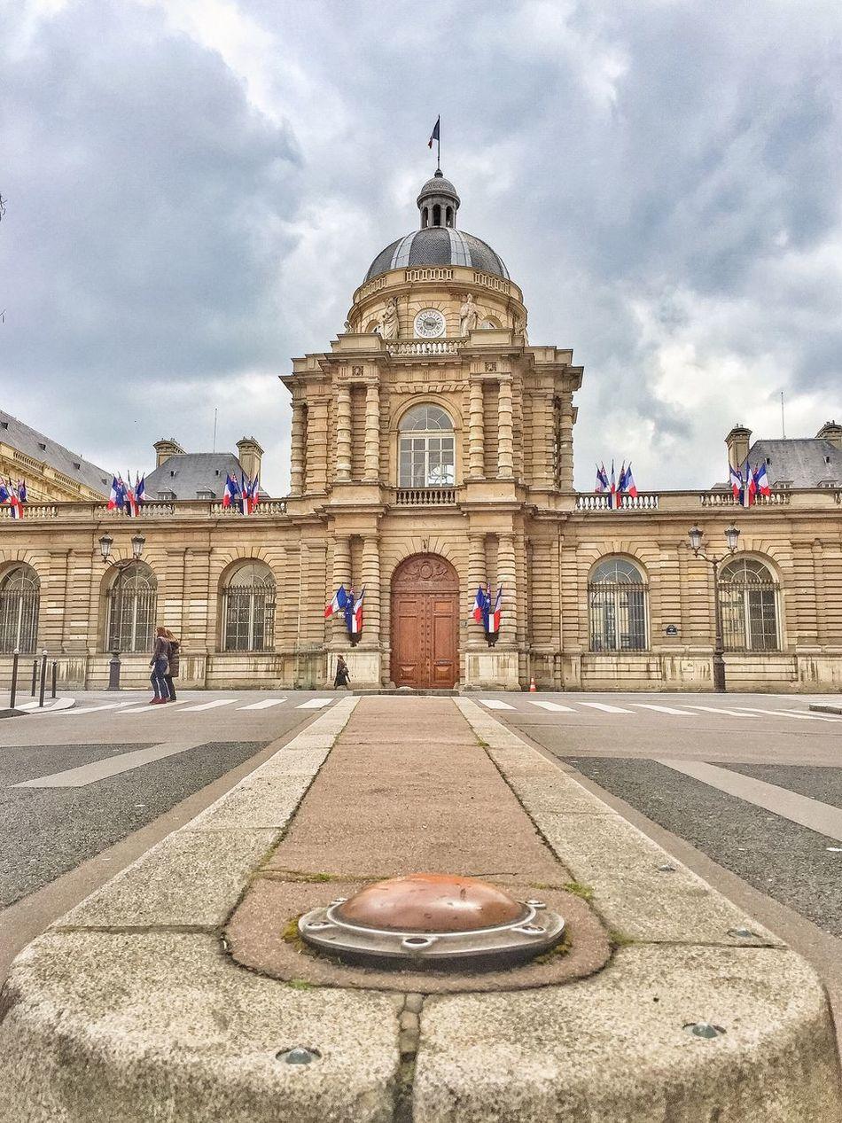 Bonsoir Paris! Taken during the world wide Instameet! WWIM13Paris Eyem Best Shot - Architecture Paris Paris ❤ Parisweloveyou EyeEm Best Shots Clouds And Sky