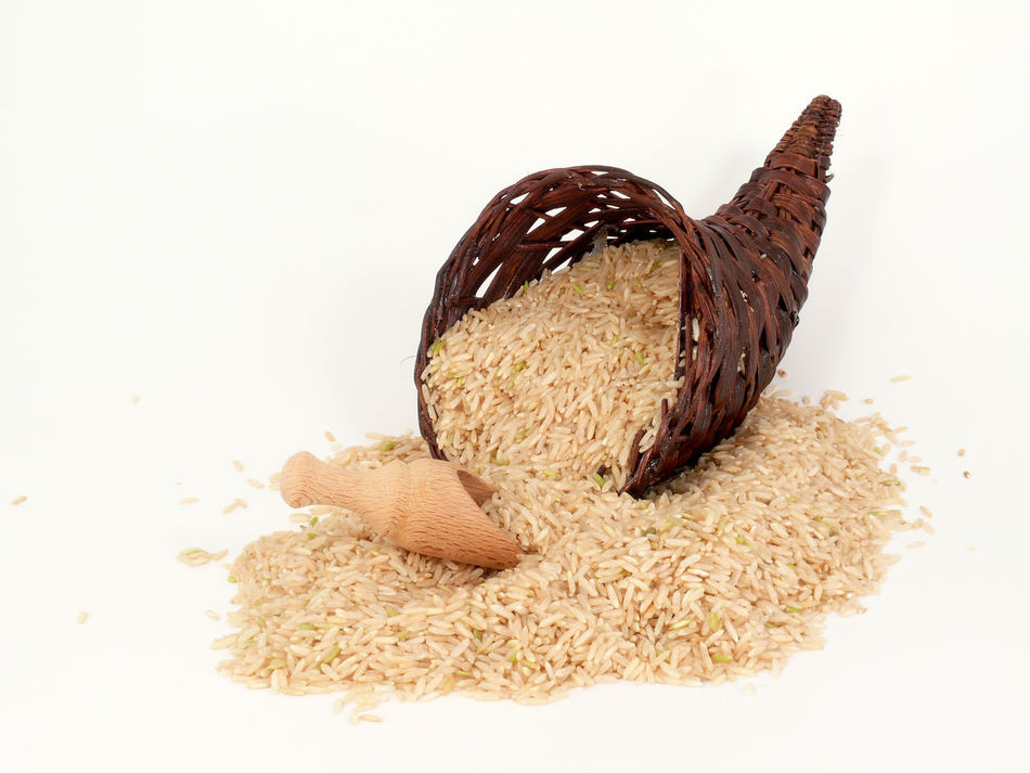 Basic Foodstuffs Brown Cereal Plant Close-up Cornucopia Food Food And Drink Füllhorn Grundnahrungsmittel Healthy Eating No People Oat Flake Reis Rice Seed Sesame Seed Studio Shot Wheat White Background Whole Wheat Wholegrain