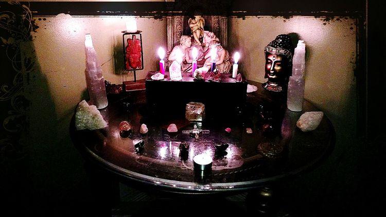 Healing Crystals Meditation Night Sacredheart My Heart And Soul Sacred Bee