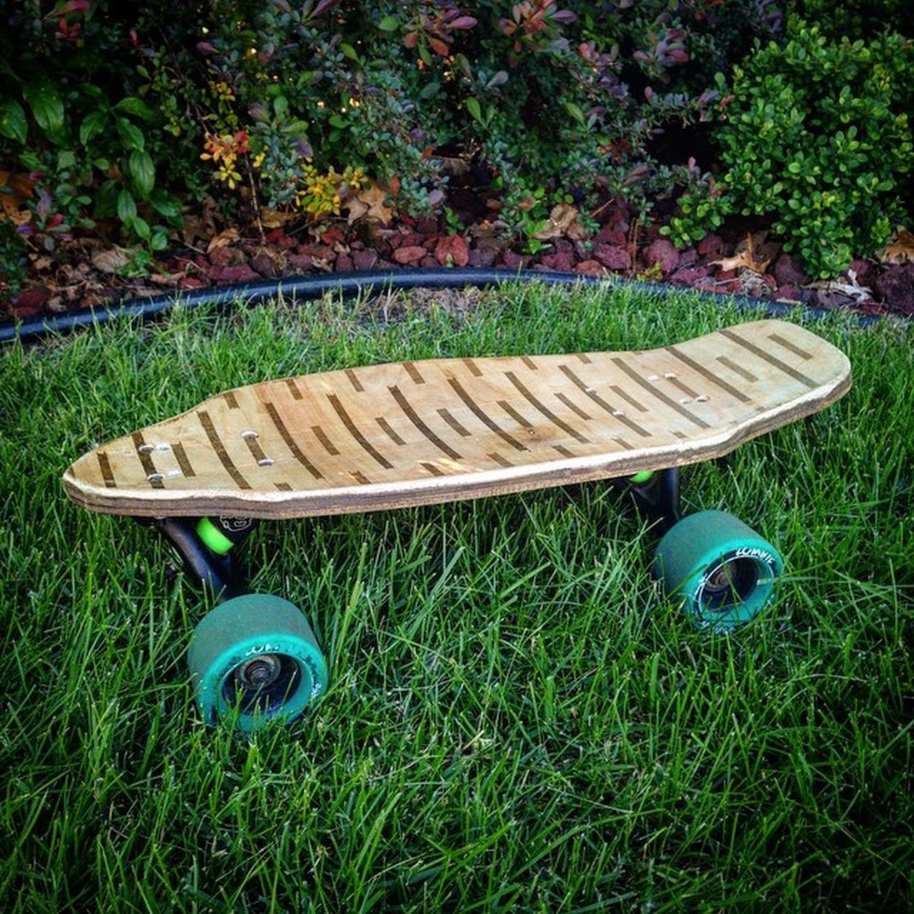 -------------------------------------------------- 😜Made a Custom Penny board and then put my huge Longboard Trucks on it... I'm looking into possibly making & selling custom boards this summer.🌅 Stay tuned to @ross_what_up329 and my account for future information if you are interested. 👍🏼 -------------------------------------------------- 😚 Longboards Longboarding Landyachtzlongboards Landyachtzswitchblade Originalskateboards Holesome Holesomepucks Gopro Goprohero Goprohero3 Goprooftheday Goprouniverse The Baffle37 Sector9 😚 😚 Instagood Snapseed VSCO Iphonephotography IPhone Pennyboard Penny PennyUSA BoardForSale 4Sale Penny4Sale --------------------------------------------------