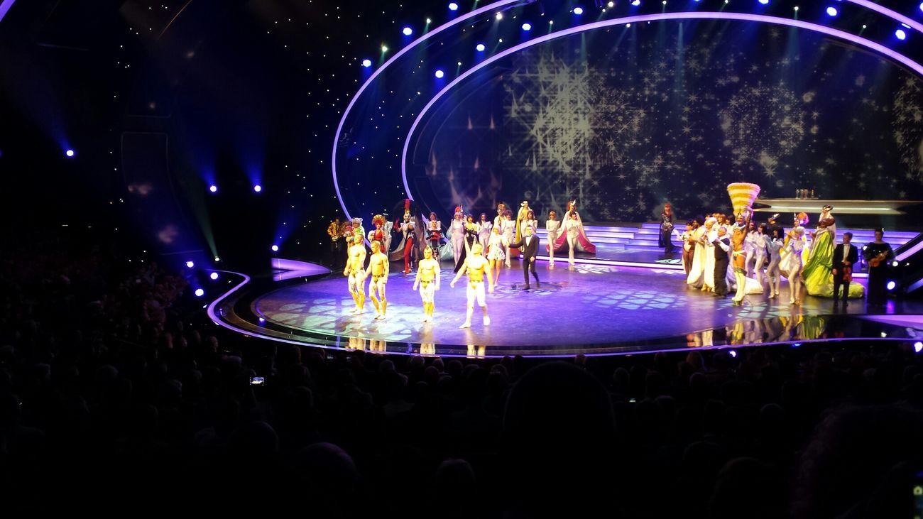 The Purist (no Edit, No Filter) Show Artists Friedrichstadtpalast Musical Theater  Theater Muscle 💪💪 Enjoying Life Fun! Showtime