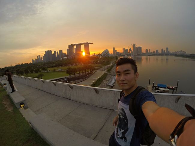 Marina Barrage Enjoying Life