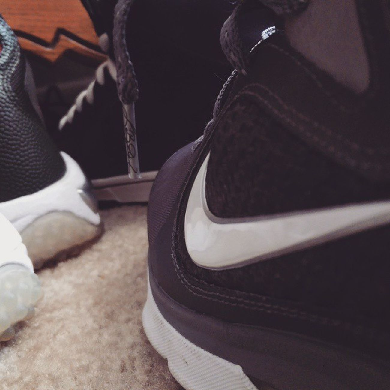 Lebrons Kicks Kicksoftheday Shoes Notes From The Underground Taking Photos VSCO Photography Just Shoot.. Check This Out